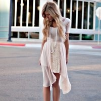Channel Pearl necklace....love the dress