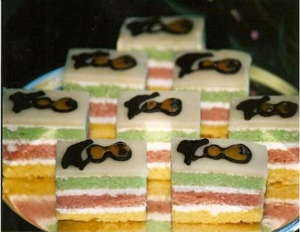... BATTENBURG CAKES on Pinterest | Battenburg cake recipes, Irish and