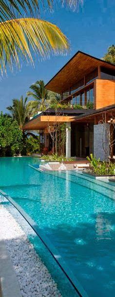 Luxury Beach Homes - #LadyLuxuryDesigns