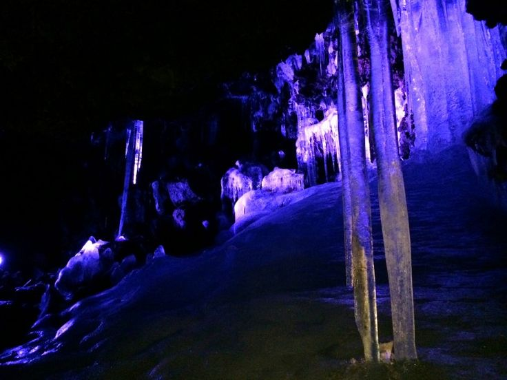 Discover the charms of Narusawa Ice Cave, Yamanashi's spectacular natural monument