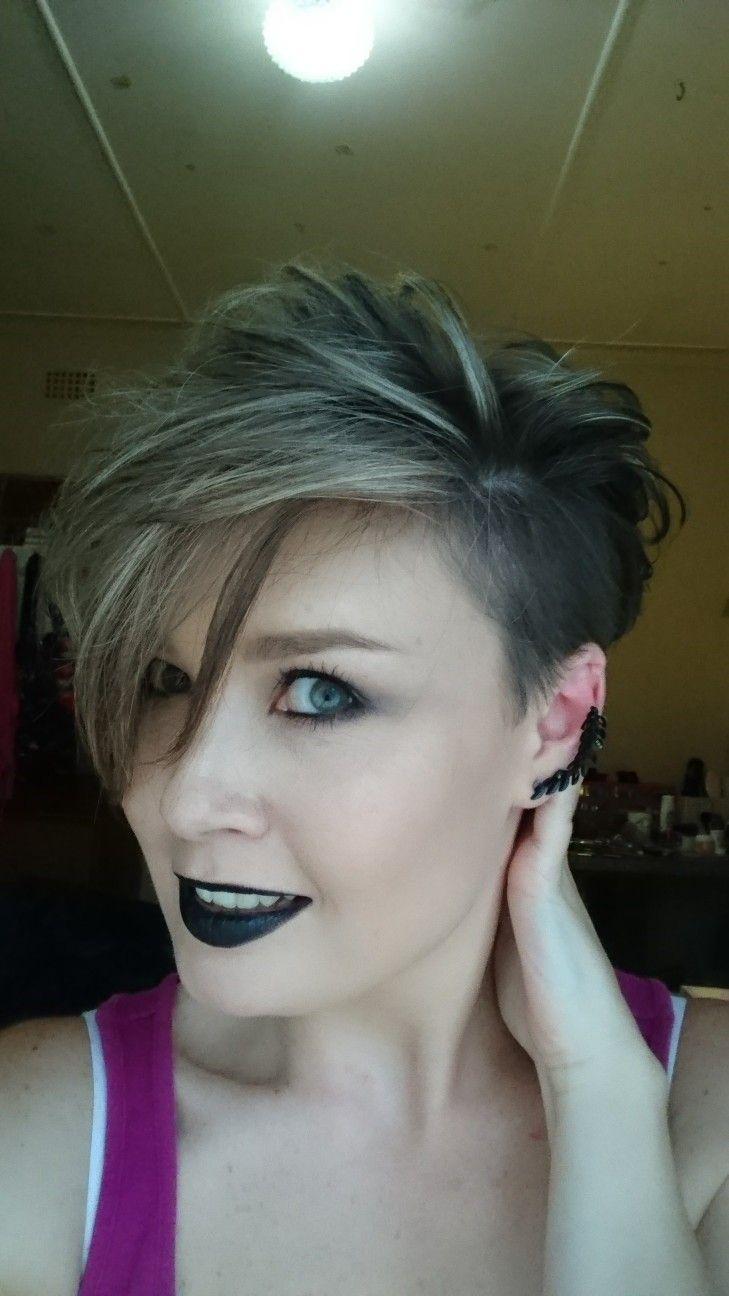 LA Girl Matte Flat Velvet Lipstick Raven @lagirlsouthafrica