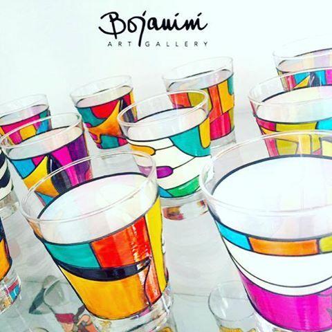 Agrégale color a tu mesa y disfruta los mejores momentos en familia! Bojanini Art Gallery www.elretirobogota.com
