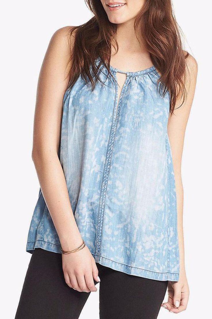 A keyhole and bold front seam add a flirty feel to this loose fitting patterned chambray top.   Flora Top by Tart Collections. Clothing - Tops - Sleeveless Atlanta Georgia