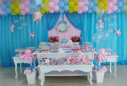 Festa Fundo do Mar rosa com cortina azul