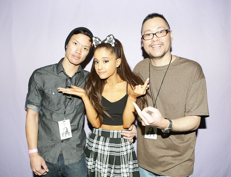 happy birthday 2016 ariana grande!!  http://leonsearch.com/arianagrande  oh no! parental advisory suggested:  ariana & leon do the middle finger pose!!