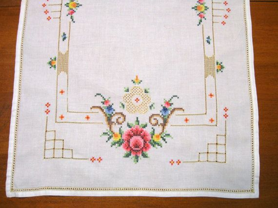 Roses Cross Stitch Table Runner Vintage Linen by NormasTreasures