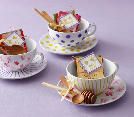 Wedding Take Home Gifts: Activity: Guests Can Decorate A Cup And Saucer To Take