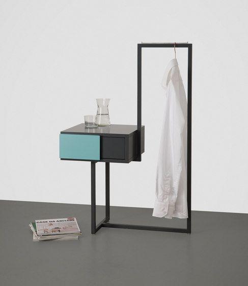 Oltre 25 fantastiche idee su mobili da ingresso su - I mobili nel guardaroba ...
