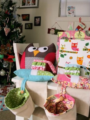 More Christmas sewing, stuffed owl, Coupon Binder, composition notebook, mini ruffled wallets and weighted pincushions with thread catcher and pockets.
