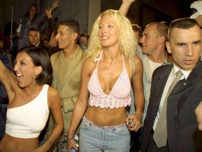 """Archives - Loana à la Plaine-Saint-Denis, lors de la finale du """"Loft"""", le 5 juillet 2001. - BestImage"""