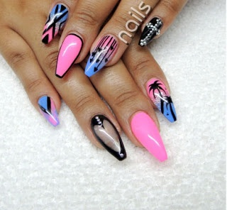 Holiday nails  <3