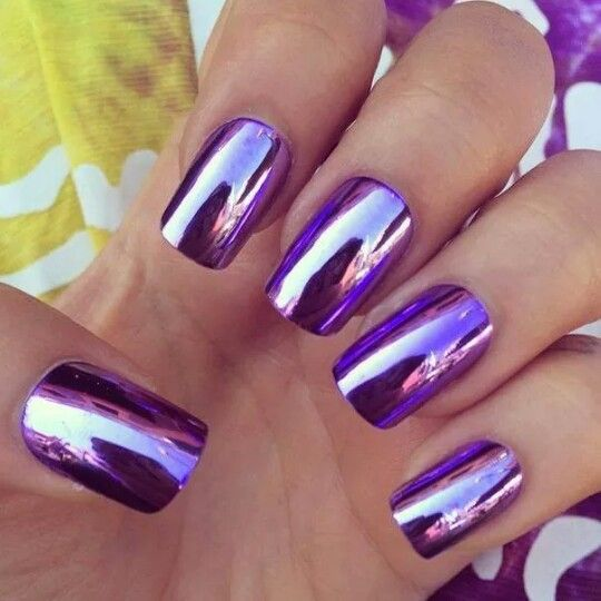 Beautiful Metallic and Mirror look Nails Fashion to add to your nail-art.
