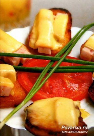 Гренки по-французски - рецепт гренков с сыром и ветчиной.