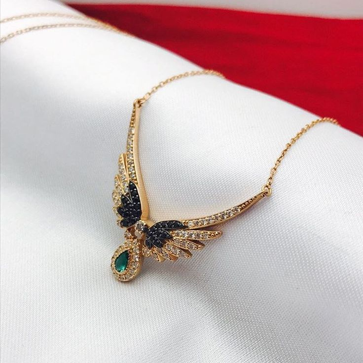 ��925 ayar gümüş kolye modellerimiz ✍İSTEDİGİNİZ İSİM VE TARİH YAZILIR. ��ÜRÜN HAZIRLANIR FOTOĞRAF ATILIR KARGOLANIR. ��Whatsapp 0541 699 2576 ��Ücretsiz kargo Kapıda ödeme #hediyelik #taki #aksesuar  #kolye #tesbih #bileklik #sanat #kisiyeozel #doğumgünü #sevgili #ask #gülsümkolye #kolyemodelleri #kolyeler #aşk #sevgililergünü #selfie #gümüş #925ayar #silver #golden #yüzük #gümüşyüzük #sanaözel #gold #goldenretriever #goldenrose…