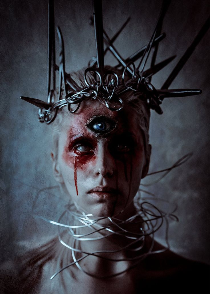 Crown by Elena-NeriumOleander, bloody third eye mystical beautifully #creepy lighting