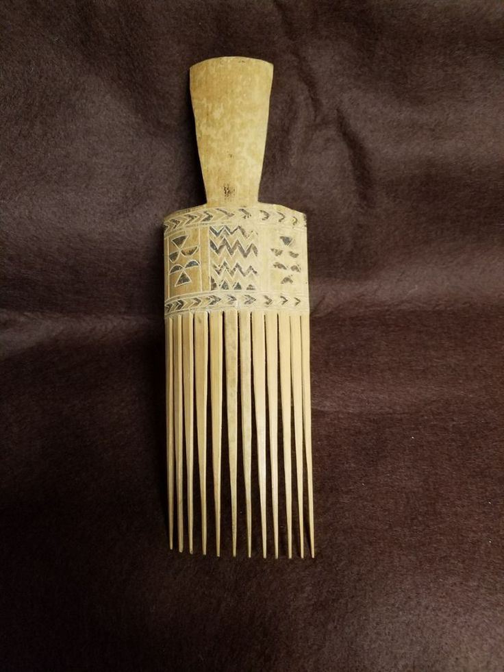 """VINTAGE/ Antique HAND CARVED WOODEN HAIR PICK COMB PIC AFRO -9"""" 