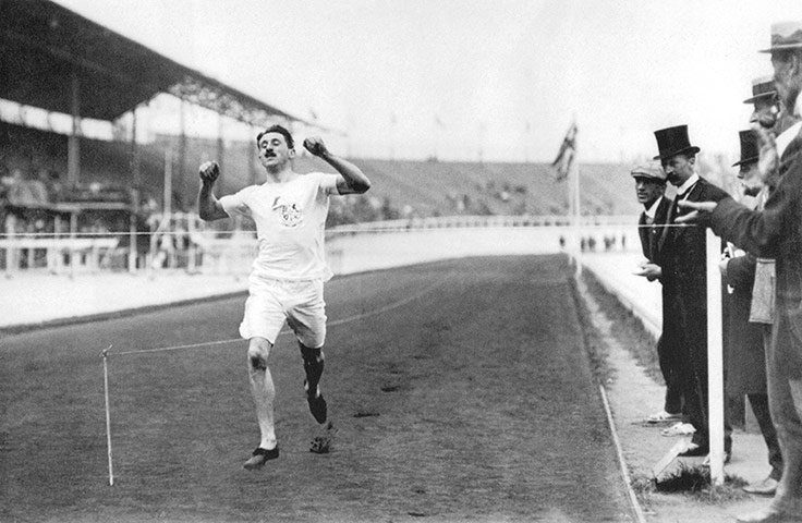 London Olympic 1908 Wyndham Halswelle ( G.B. ) wins the 400 m final to take the Gold medal in the only ' walkover' ( no other competitors contested the Final ! ) in Olympic history !