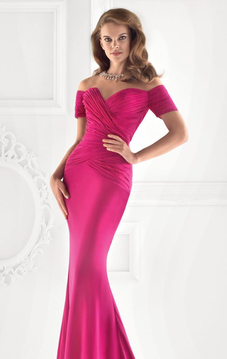 38 best prom dress images on Pinterest | Ball gown, Ball gown ...