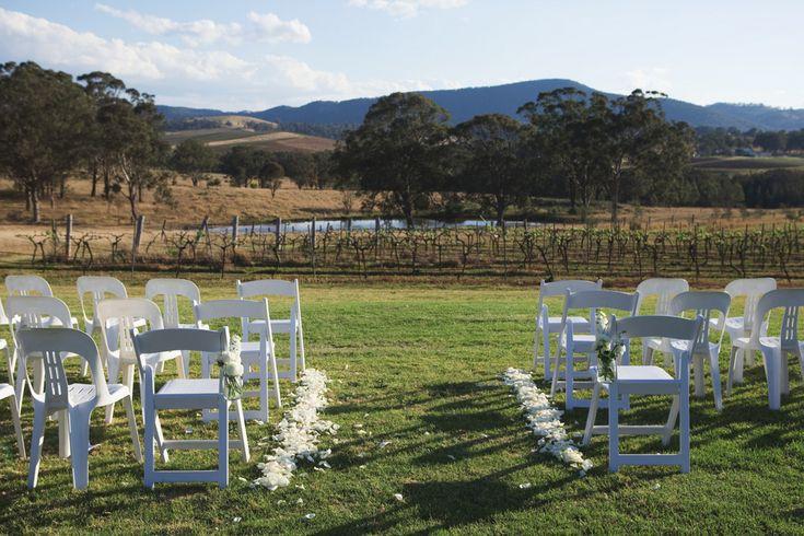 Hanging Tree Wine. Hunter Valley Wedding. Outdoor wedding, ceremony