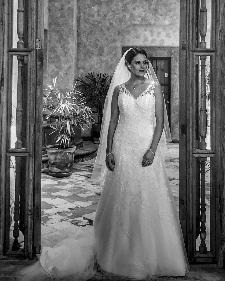 Reflexión de último minuto #mexicowedding #blancoynegro