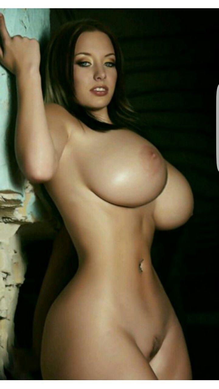 dubai girl nude boob