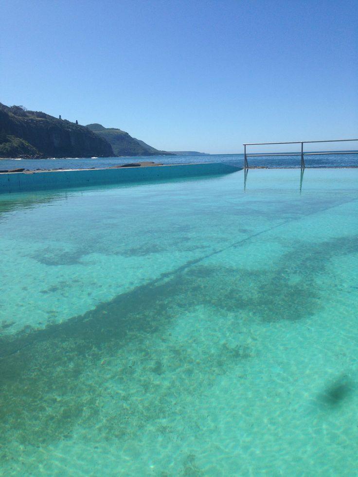Inviting ocean pool. Coal Cliff Australia.