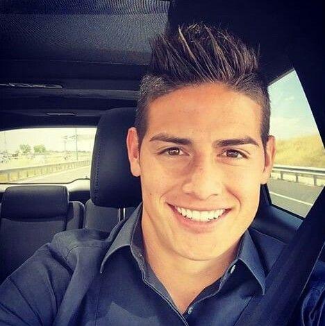 James Rodrigues e seu sorriso perfeito