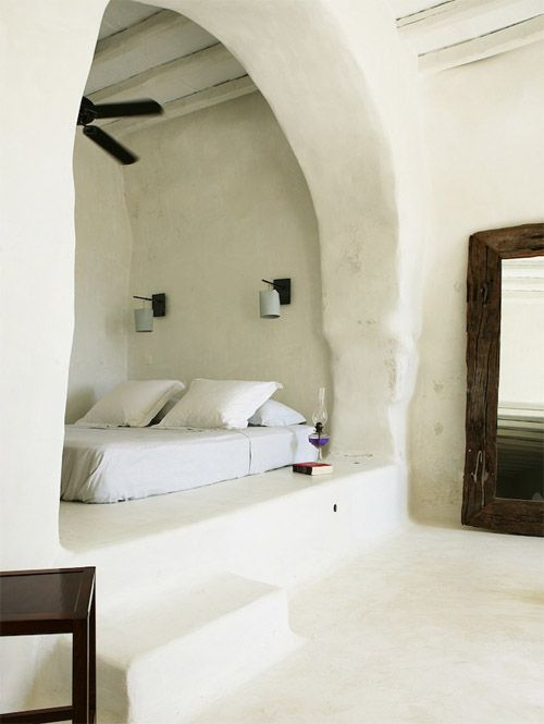 """Greek Bedroom: wish to make my bedroom in my """"hopefully"""" first house at a Greek Island somewhat like this: absolutely beautiful! Of course I would keep all the walls and ceilings white, but with a lot more colors on my details."""