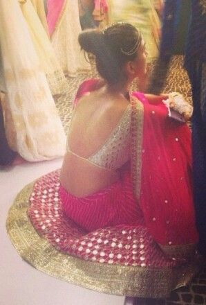 Indian Bride in Bridal #Lehenga w/ backless Blouse