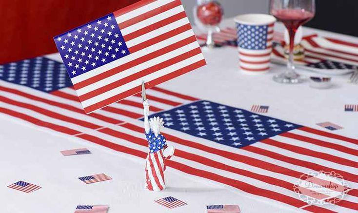Amerikansk US tema borddækning - amerikansk flag paptallerken, papkrus, servietter med det amerikanske flag - 4th of july fest bordpynt - frihedsgudinden lille figur