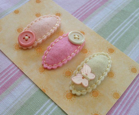 ALL ABOUT BUTTONS.Set of 3 Felt Hair Clips. Made in 100 Pecent Wool. Baby. Girls. Scalloped Hair Clips., via Etsy.