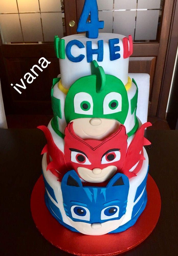 Nana's fondant JPmask cake ❤️