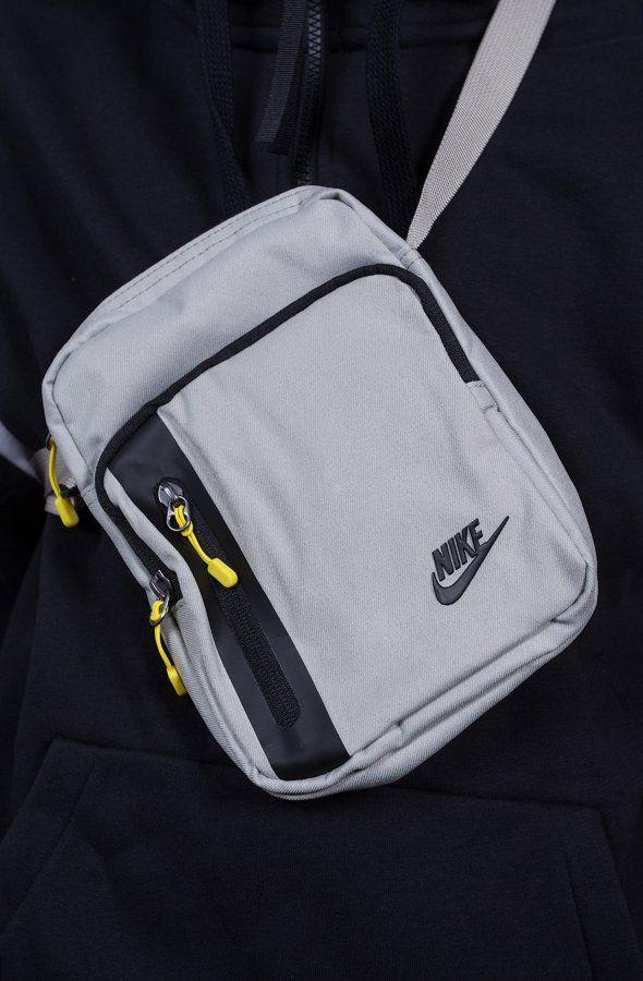 a4eb1d1f1 Nike Sportswear - Tech Small Items Pochete, Molde, Roupa Esportiva Nike,  Mochila Estilingue