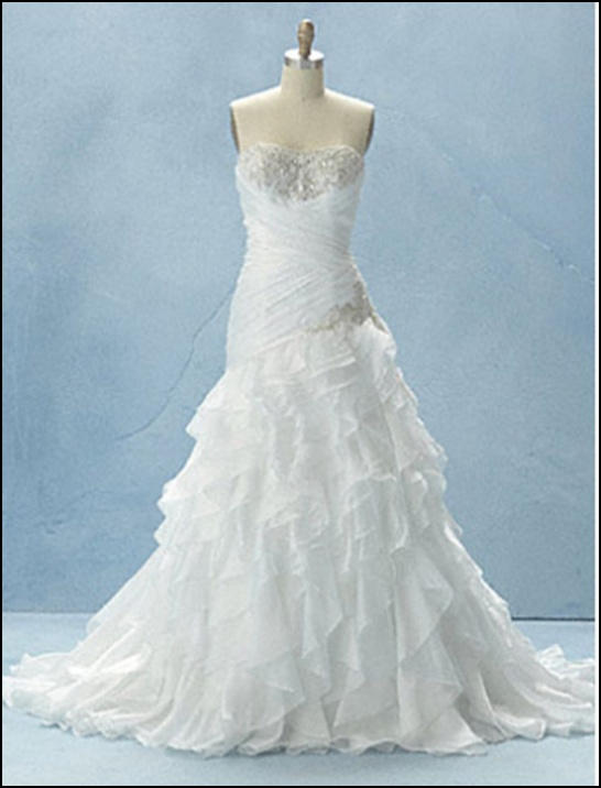 87 best Wedding dresses images on Pinterest | Bridal shoe, Wedding ...