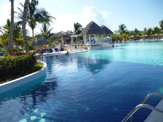 Melia Cayo Santa Maria pool