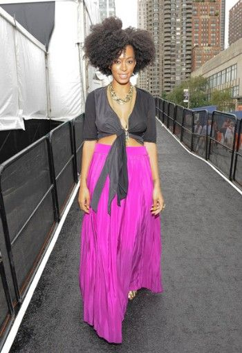 solangePink Maxi, Boho Chic, Fashion, Nature Style, Big Hair, Solange Knowles, Nature Hair, Maxi Skirts, Maxis Skirts