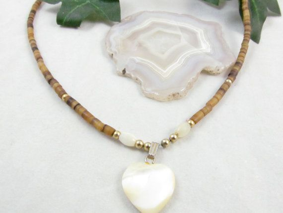 Beautiful Ladies Vintage Brown And Tan Bead Choker Necklace