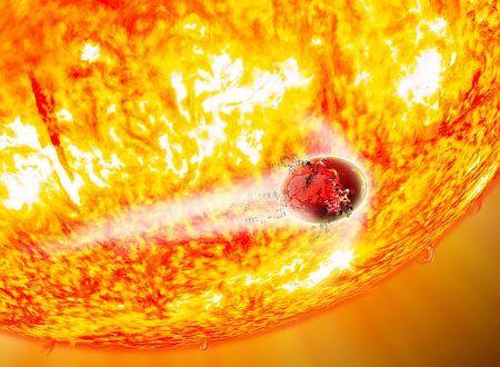 はくちょう座方向に約3000光年離れた赤色巨星にのみ込まれる惑星の想像図。太陽も約50億年後には赤色巨星となって膨張し、水星や金星がのみ込まれるという(米ハーバード・スミソニアン天体物理学センター提供) ▼6Jun2014時事通信|赤色巨星にのまれる惑星=1.5億年以内に2個と予測-太陽系の将来の姿・米チーム http://www.jiji.com/jc/zc?k=201406/2014060600181 #imaginary_drawing