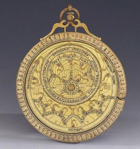 Astrolabio - Francia, XIII sec. - Firenze, Museo della Storia della Scienza.