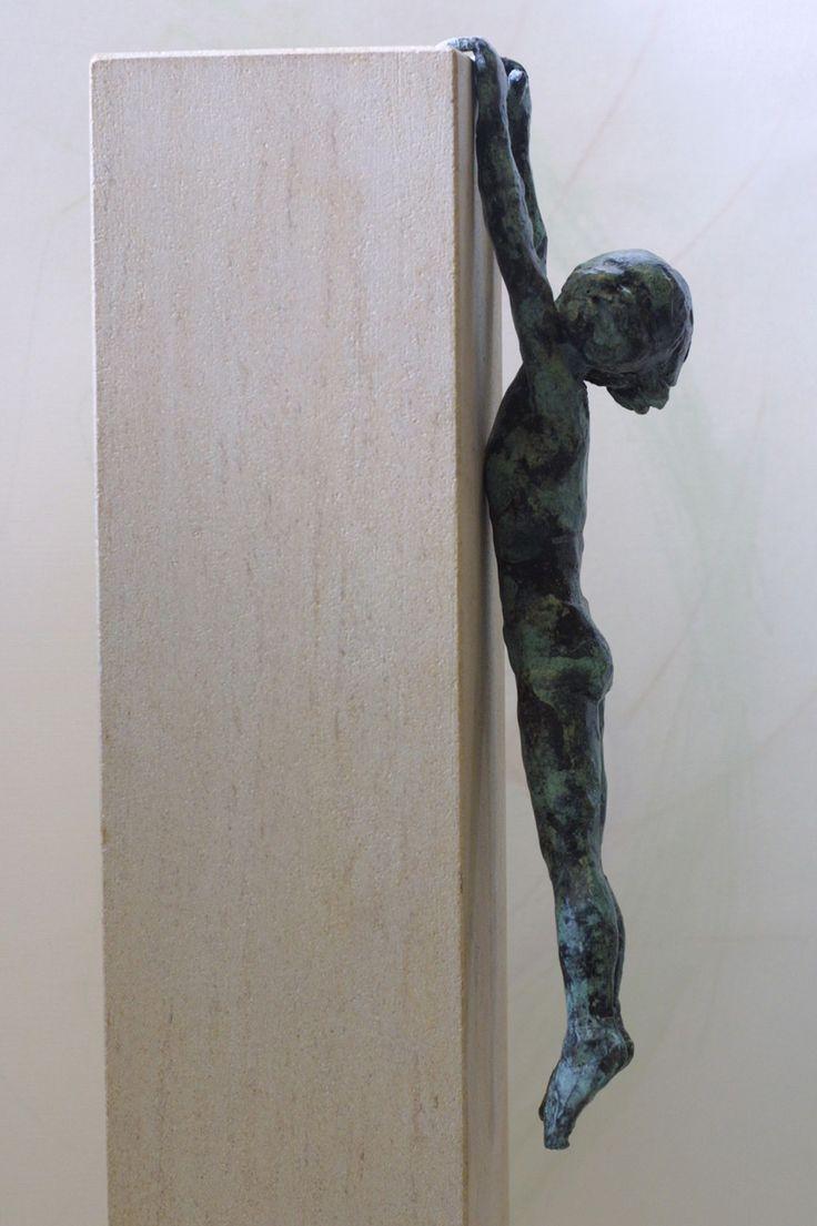 'Dreeping' by Alison Bell* http://www.creativeartsgallery.com/3d-art/sculpture/bronze-(22)/dreeping/