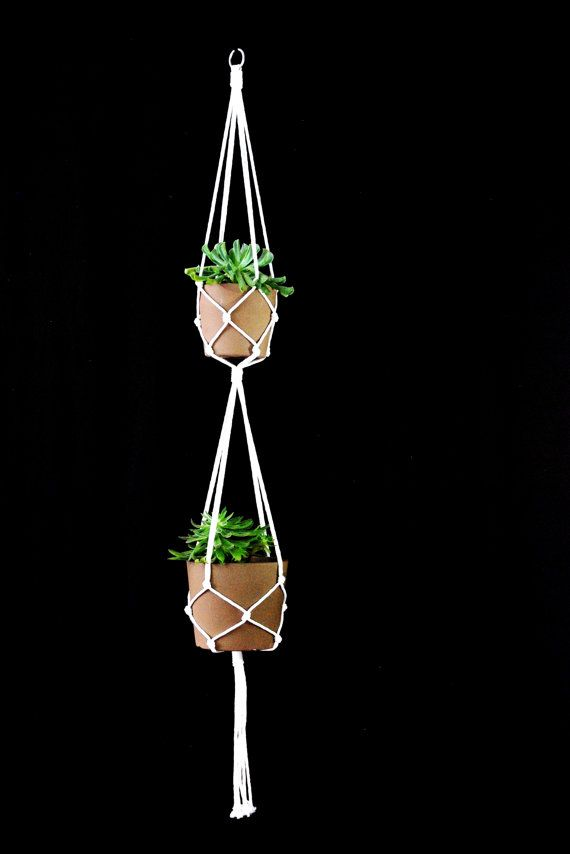 Double White macrame plant hanger auf Etsy, $19.59