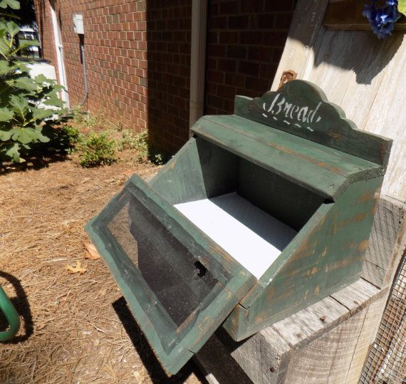 Vintage Bread Box, Primitive Bread Box, Rustic Bread Box, Wooden Breadbox, Wood Bread Box
