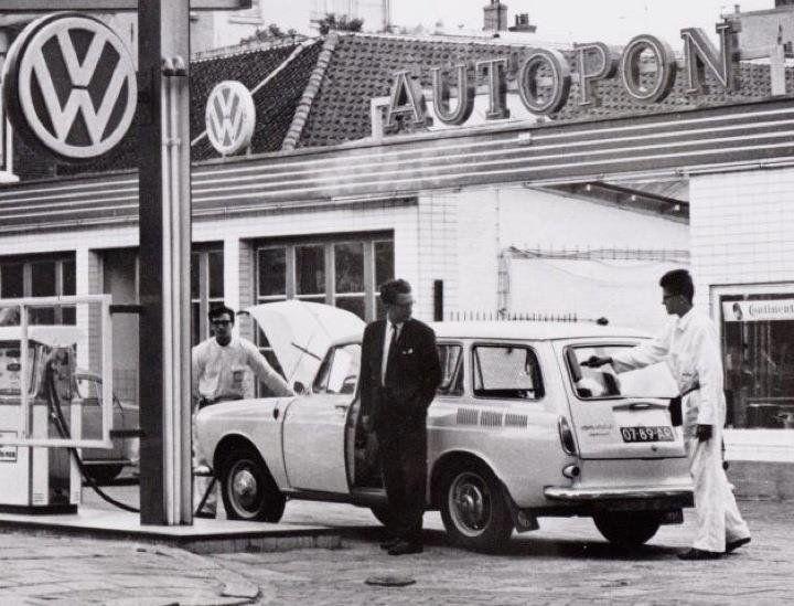 Dutch VW dealer Auto Pon