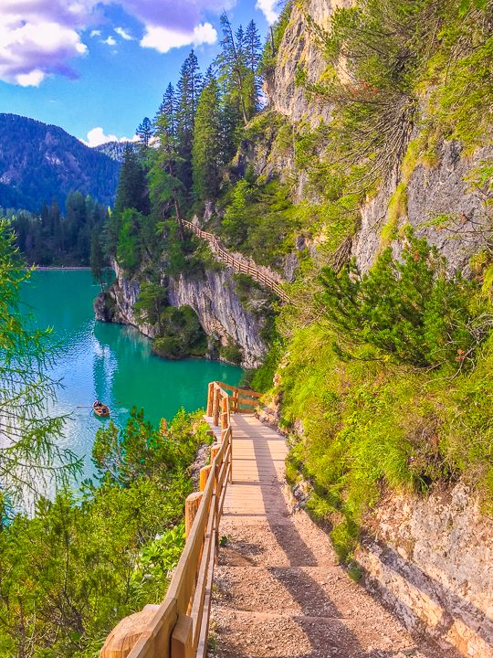 Dolomites Italy — Best Places To Visit in the Dolomites + 1-Week Itinerary