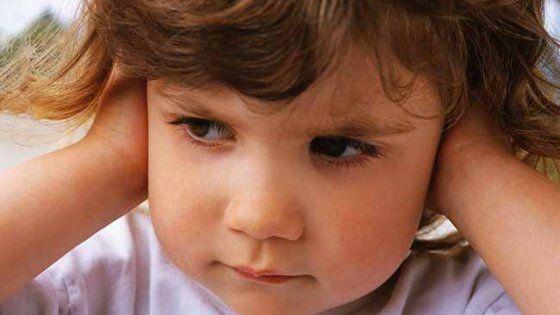 """Oggi a un ragazzino su 250 viene diagnosticata questa forma di 'autismo ad alto funzionamento', di cui si sa ancora poco e che spesso non viene identificata. La diagnosi infatti arriva dopo i 5-6 anni. La storia di Flavio raccontata dal padre: """"Mio figlio è stato fortunato ma spesso possono essere vittime di bullismo"""""""