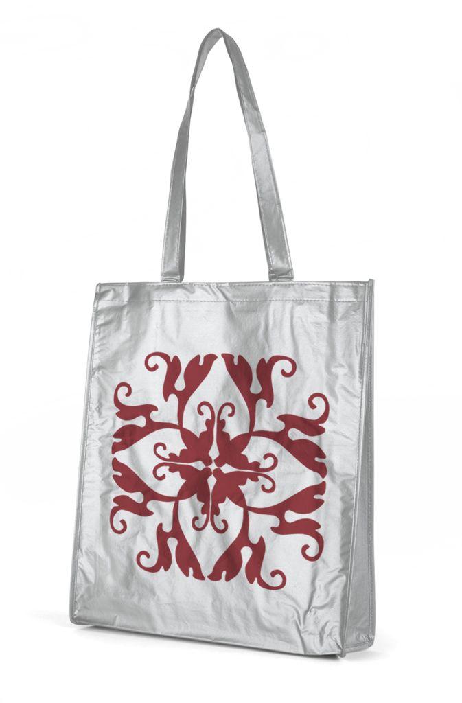 Bolsa no woven metalizada color plata con diseño de Prismatika para Pak&Bag