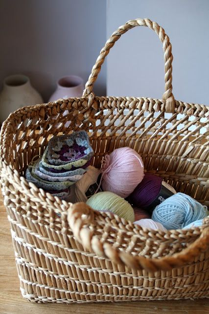 Madelief ~ knitting basket