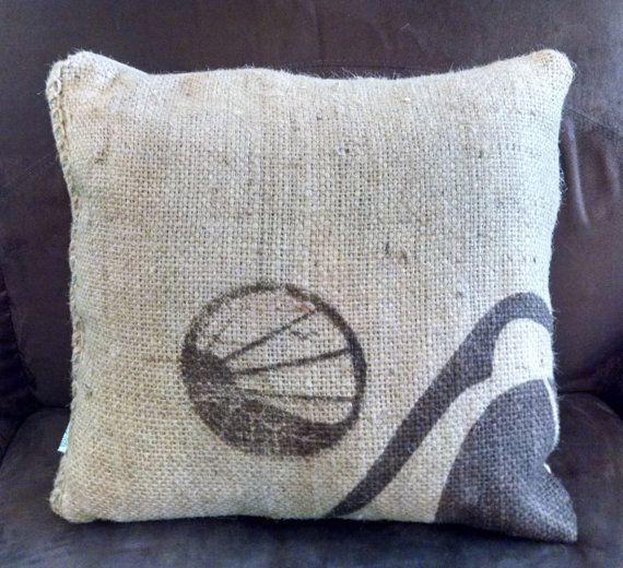 Repurposed arpillera café en grano saco de por WanderlusterVintage
