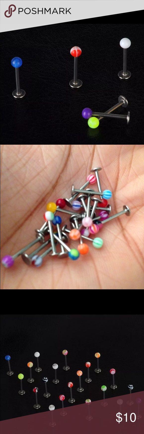 Lip Labret Monroe piercing 5 pcs Stainless steel 5 pieces Stainless steel Color Balls Lip Bar Labret Lip Stud Body Piercing Jewelry Stainless Steel  5 pieces Lip Bars Material: Stainless Steel + Acrylic Bar diameter: app 0.1cm / 18 gauge  Ball diameter: app 0.3cm Total length: app 1.1cm  Package Included: 5 pieces / random colors will be sent! Jewelry Earrings