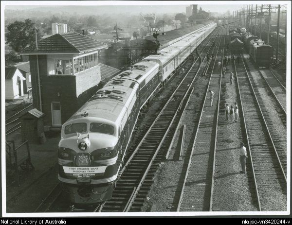 """""""Southern Aurora"""" [Express, Sydney - Melbourne], S class V.R., on train departing Albury, [New South Wales], April 13 [or 14] 1962."""